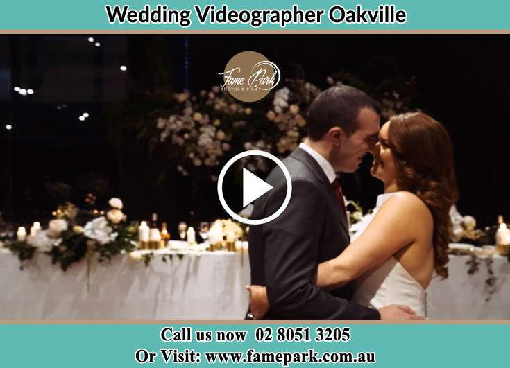 Bride and Groom at the dance floor Oakville NSW 2765